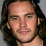 2014-2015-Long-Hairstyles-for-Men-15-600×909