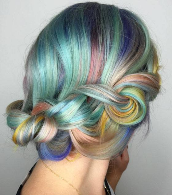 Macaron farebný trendy účes
