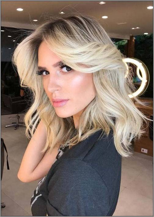 Blond kráska